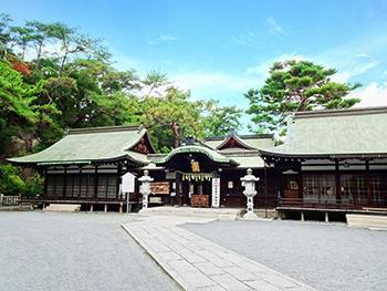 艮神社-本殿3_1.jpg